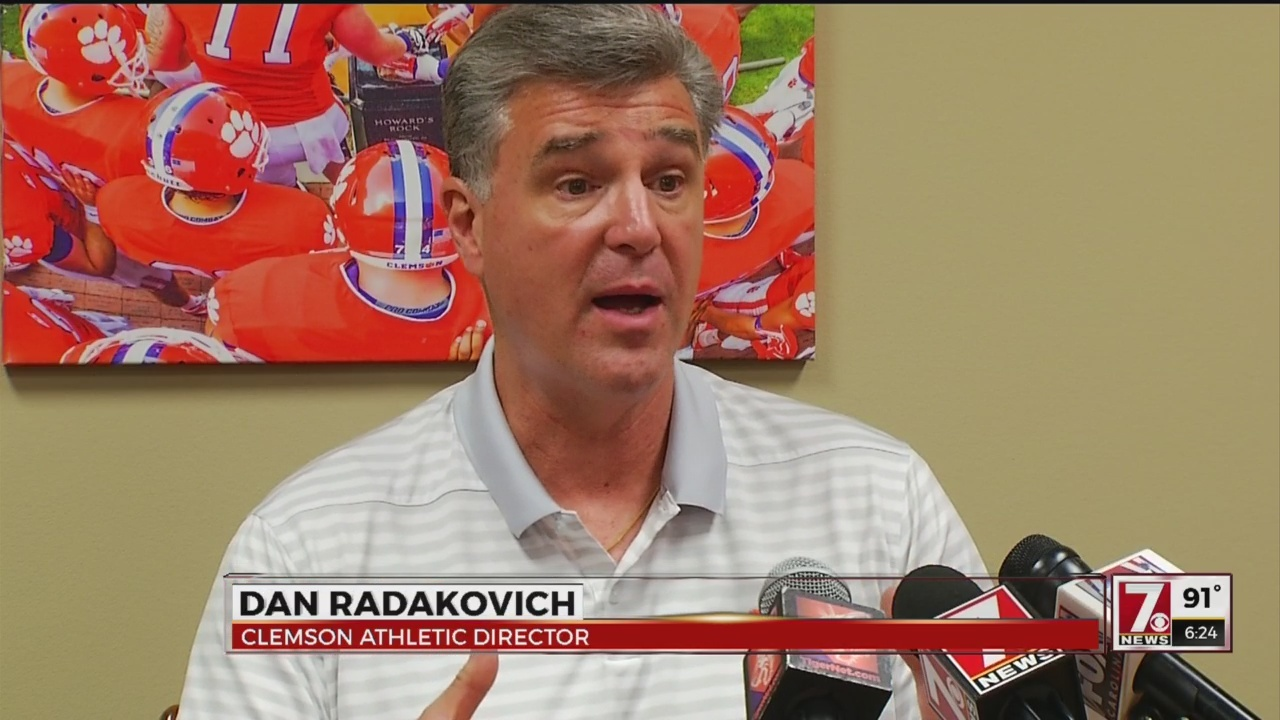 Radakovich Visits With Media