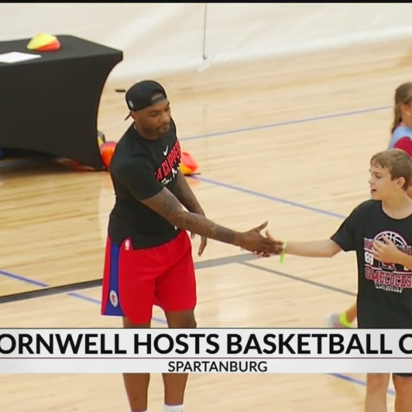 Sindarius Thornwell Comes to Spartanburg For Youth Basketball Camp