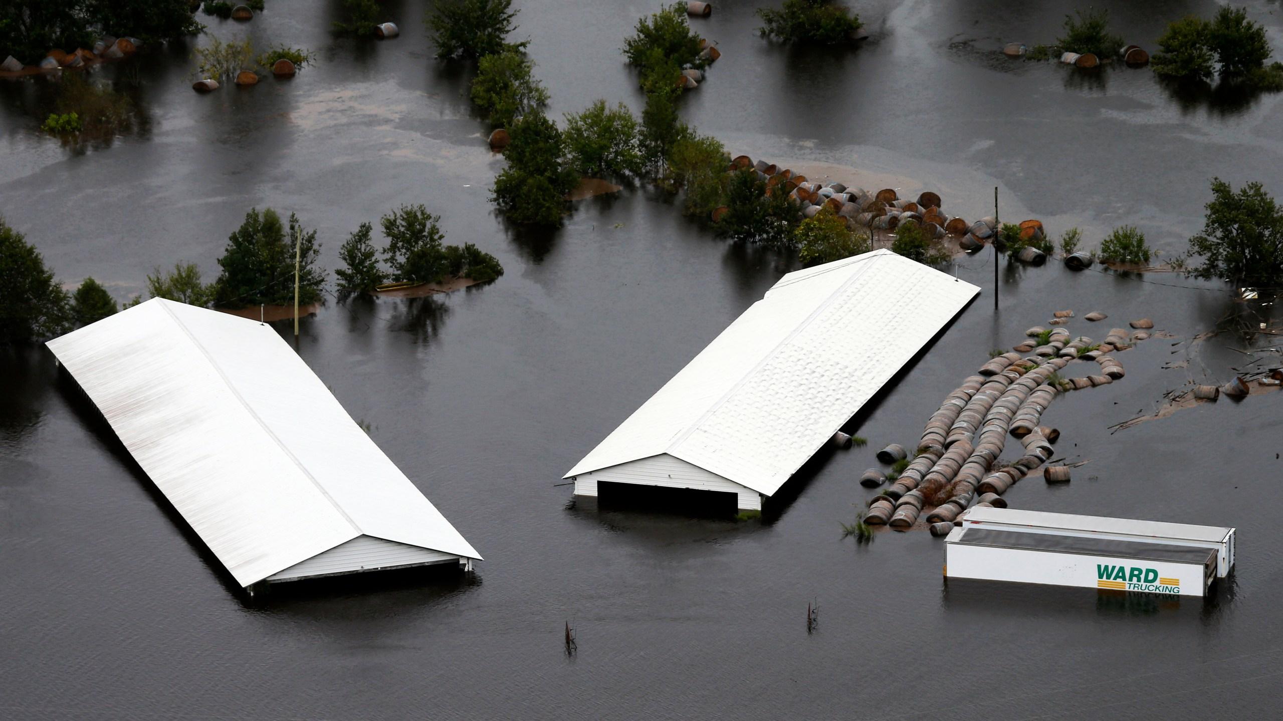 APTOPIX Tropical Weather North Carolina_1537562385553