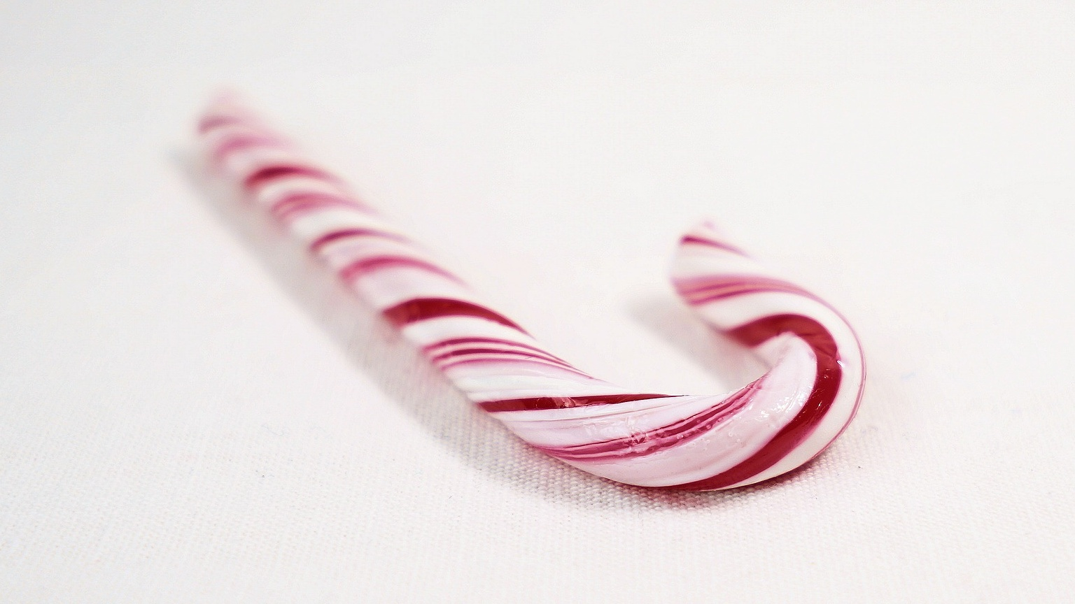 candy-cane-2934457_1920 Cropped_1538131445819.jpg.jpg