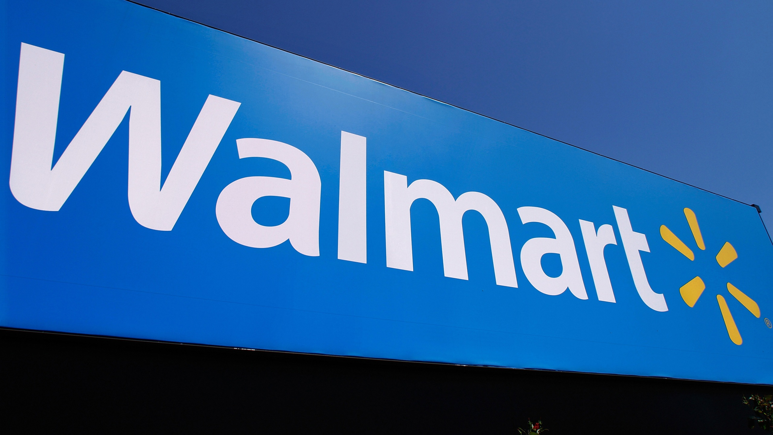 sports shoes 25339 43bbf Walmart store closed after fire in Anderson, SLED and police ...