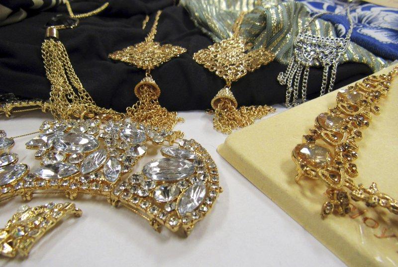 jewelry_1539280534782.jpeg