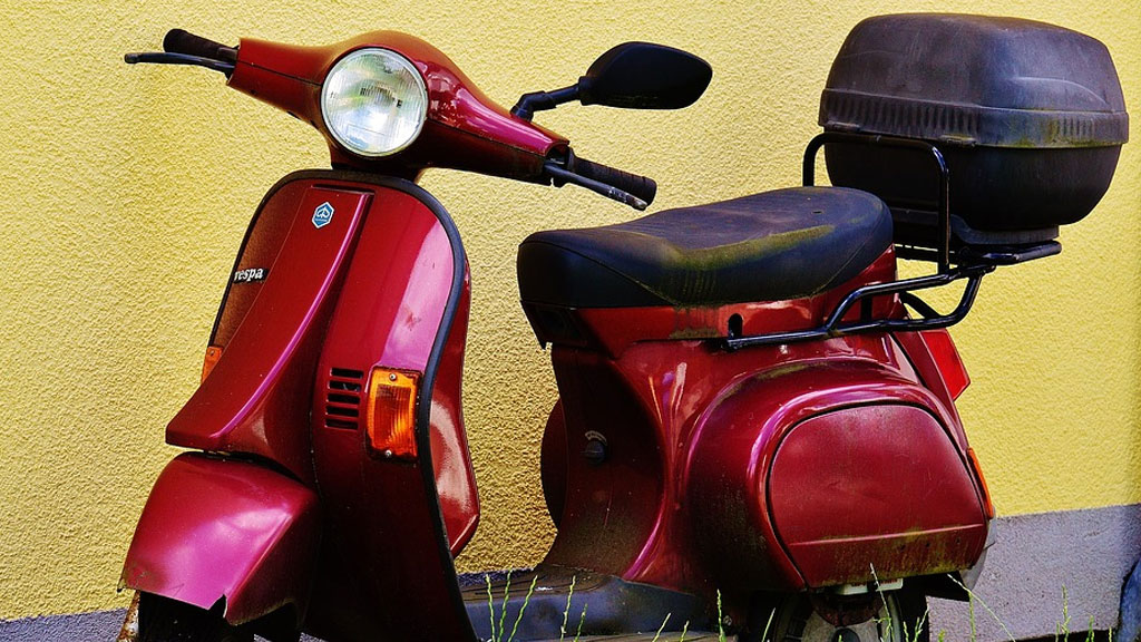 moped-generic_1541015807823.jpg