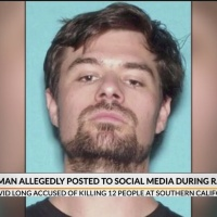Gunman_allegedly_posted_to_social_media__0_20181112111130