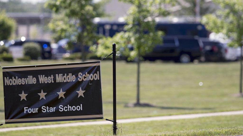 middle-school-shooting_1542216495565.jpg