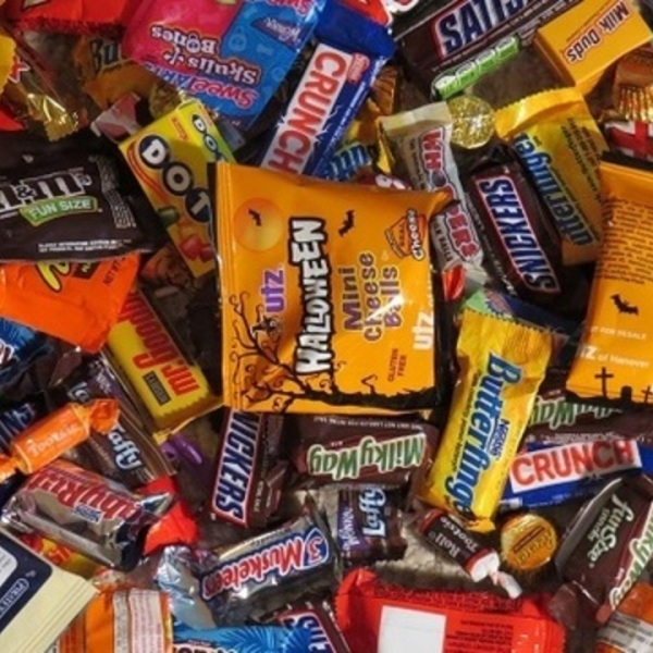 reeses-fave-halloween-candy_38363579_ver1.0_640_360_1540924293656_60709808_ver1.0_1280_720_1540935046926.jpg