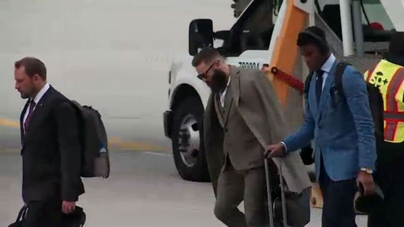 Teams touch down for Super Bowl LII, some sporting strong fashion game