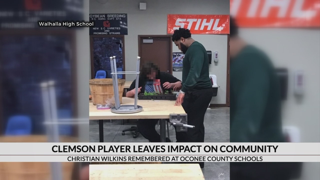 Students share stories of Clemson player Christian Wilkins as substitute teacher