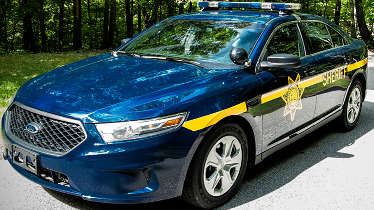 gcso deputy vehicle_1548558001987.jpg.jpg