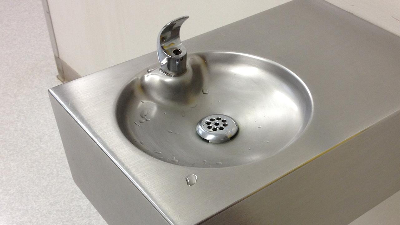 water fountain drinking fountain generic_1546458874112.jpg.jpg