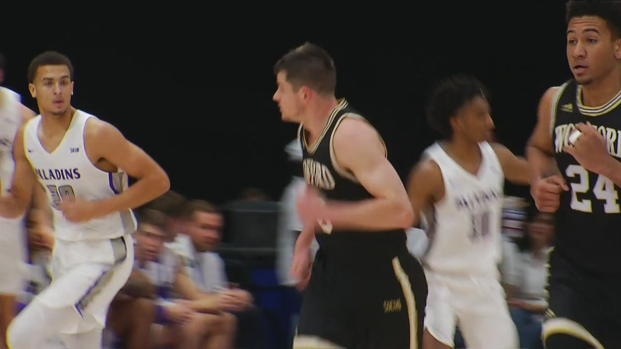 Magee Scores 23 as Wofford Improves to 16-0 in SoCon with a 72-64 Win Over Furman