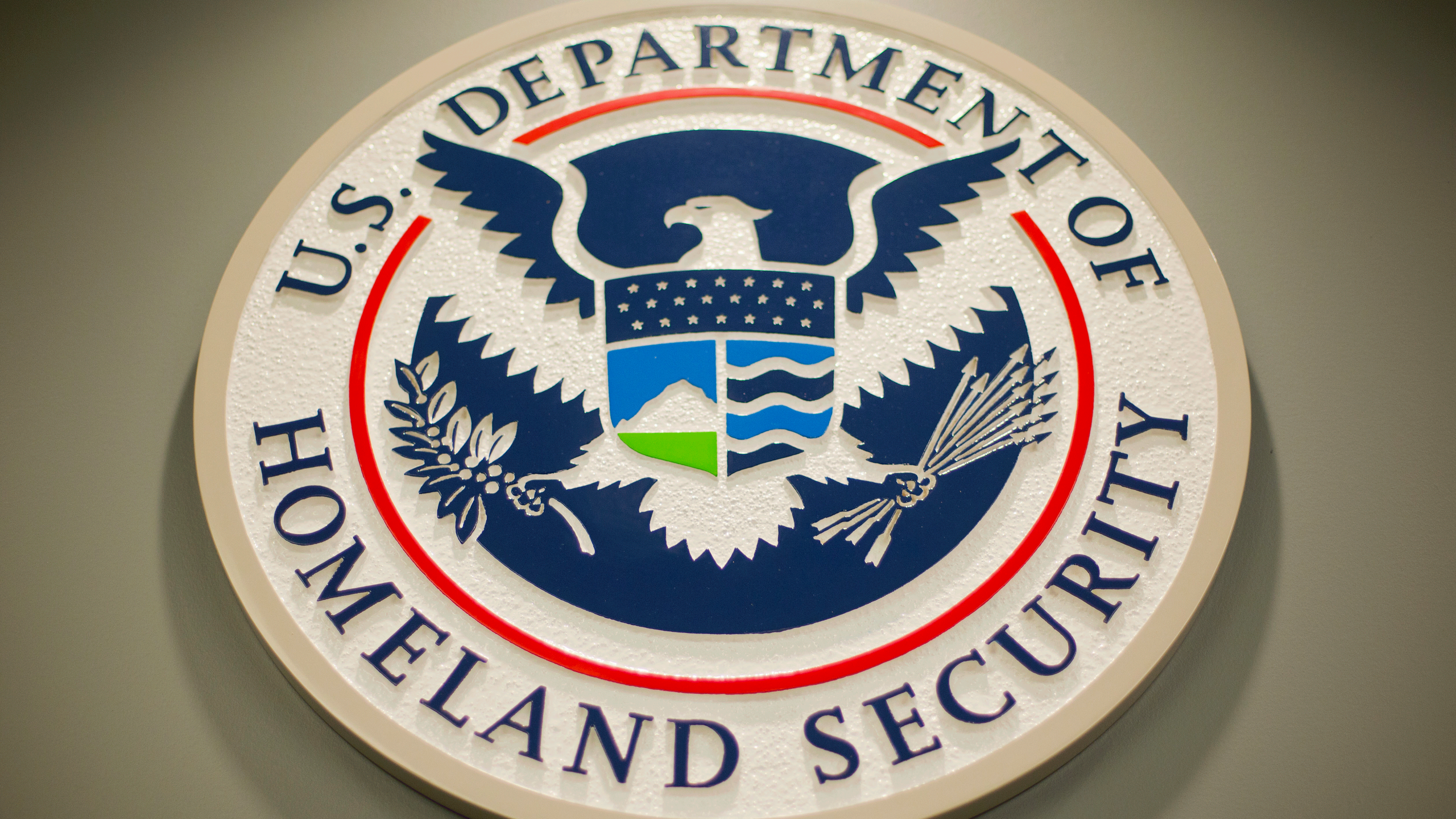 Homeland-Security-logo_1556060721653.png
