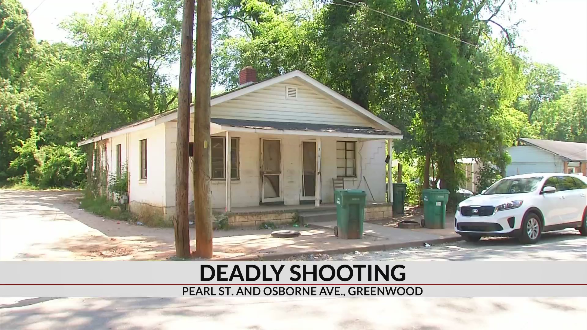 Greenwood man dead after early morning shooting