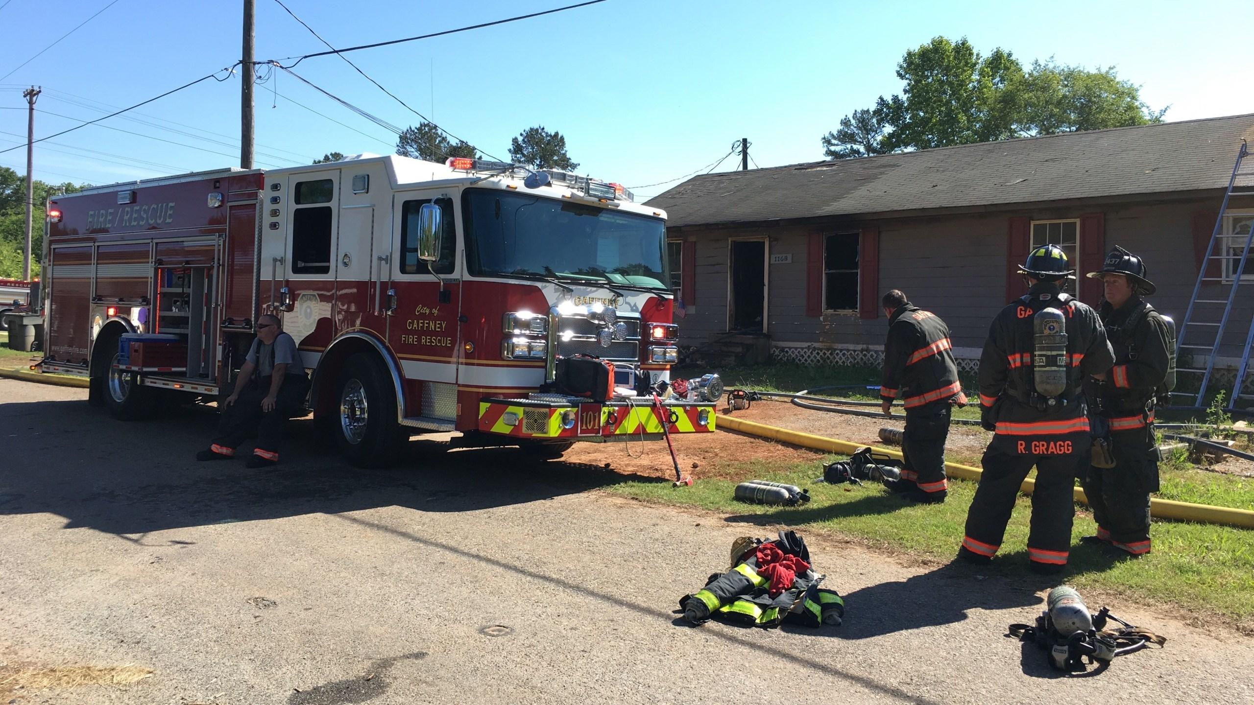 Kraft Street fire_1_1558036760557.jpg.jpg
