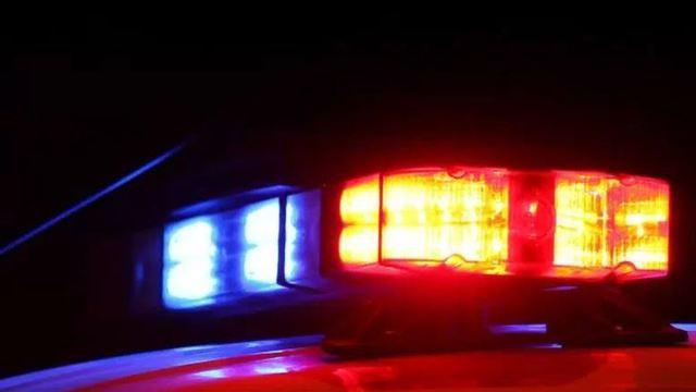 police lights generic via WCMH_1555071161505.JPG.jpg