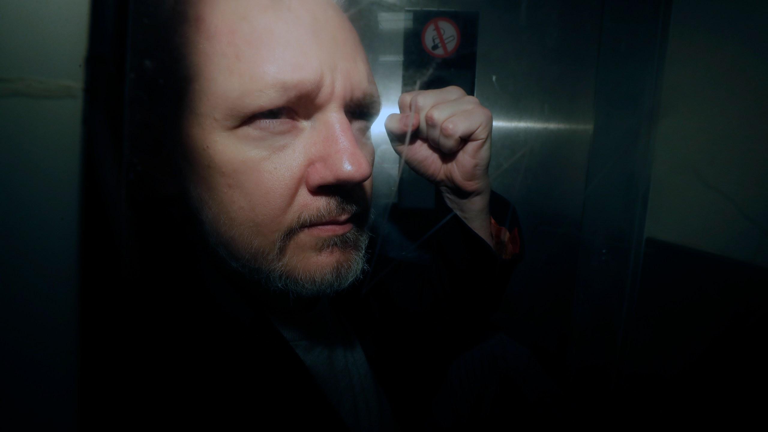 WikiLeaks_Assange_88302-159532.jpg13552502