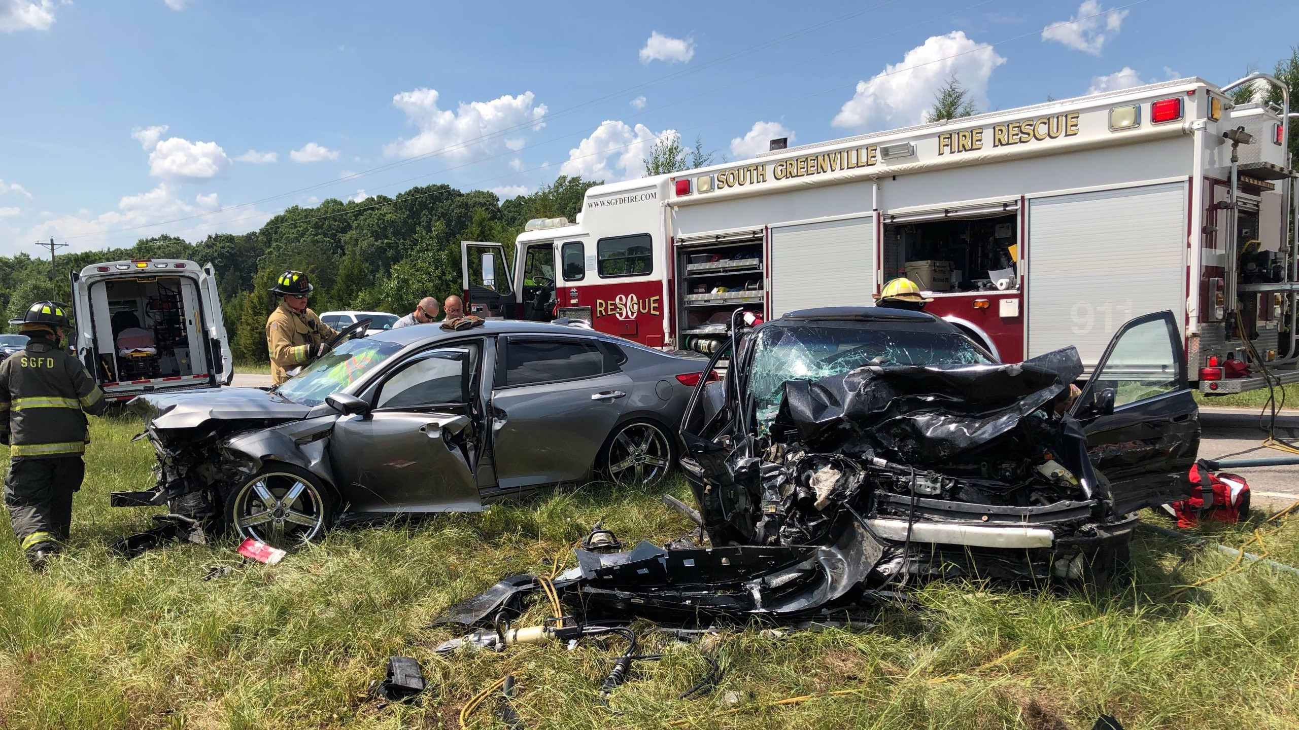 Crews responding to crash on HWY 8 in Greenville Co