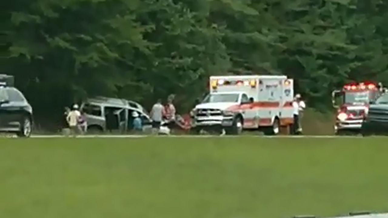 1 dead after head-on crash on I-26E in Newberry Co