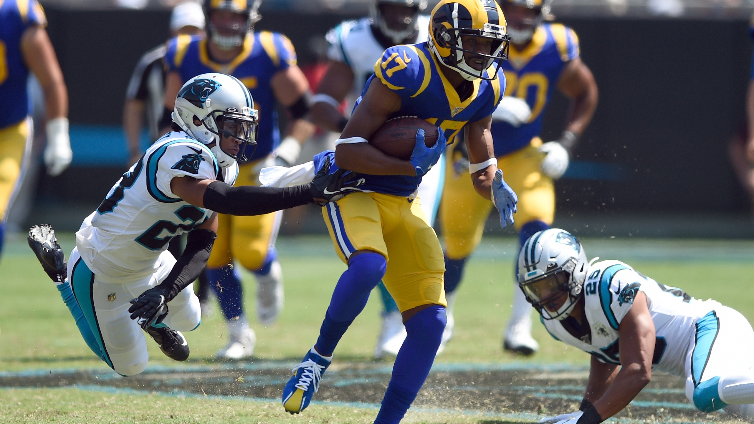 hot sale online 98c37 b3f90 Goff, Gurley lead Rams to 30-27 win over Panthers