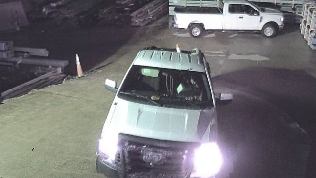 2 suspects sought after trailer theft in Greenville Co.