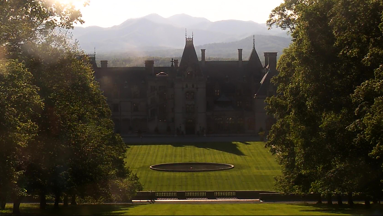 Biltmore House and grounds, May 7, 2020 (WSPA Photo)