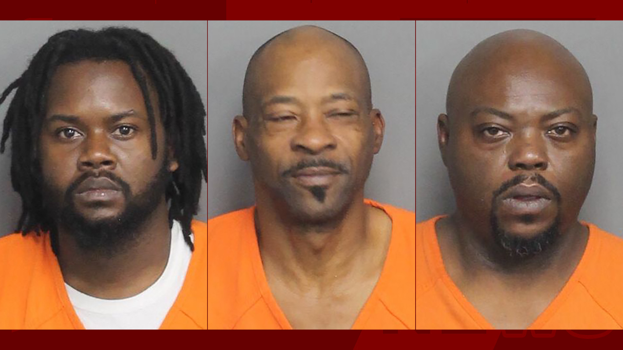 Stepquevion Calwile (left), James Calwile (center), and Cedric Williams (right) (From: Laurens Co. Detention Center)