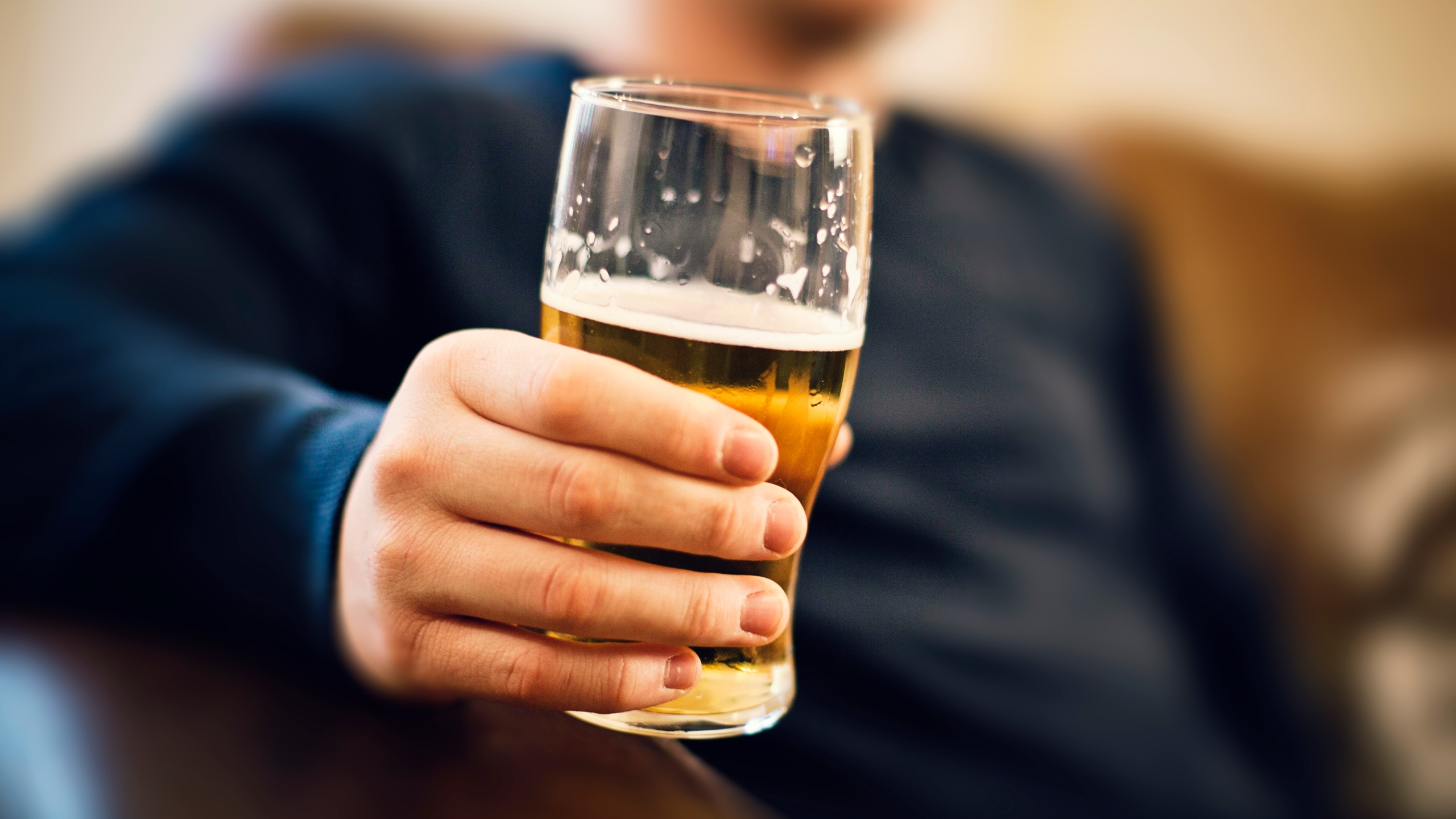 Today Is National Beer Day Here S How Much People Drink In A Week